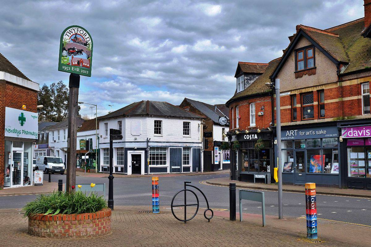 Twyford Village Centre and Sign
